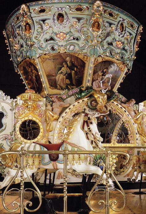 472_Eden_Palais_carousel