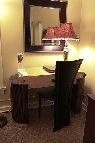 hotel-room-2
