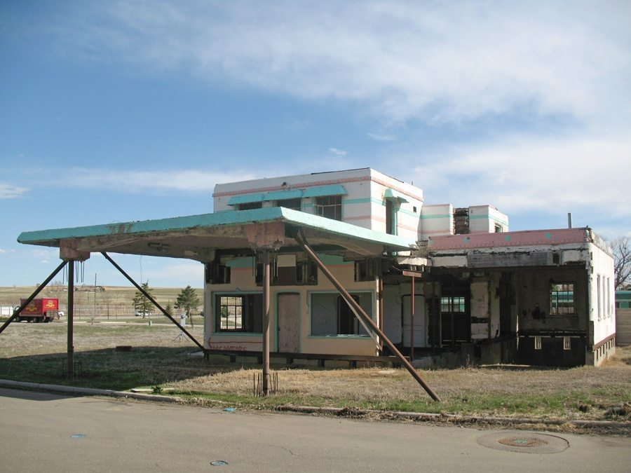 johnsons-corner-gas-station