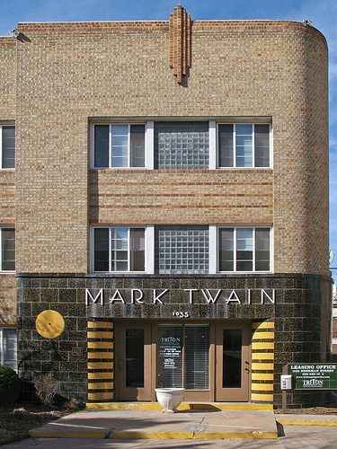 mark-twain-apartments-3