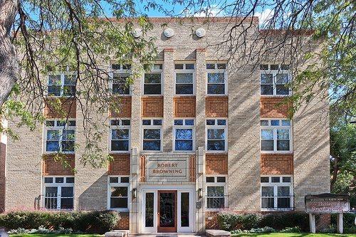 robert-browning-apartments