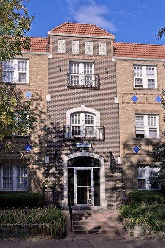 robert-frost-apartments
