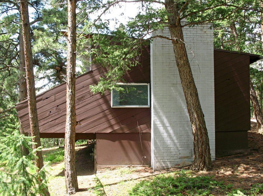 sternberg-mountain-cabin-2