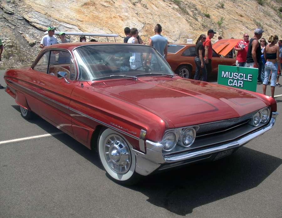 tn_bandimere-kbpi-rock-roll-car-show