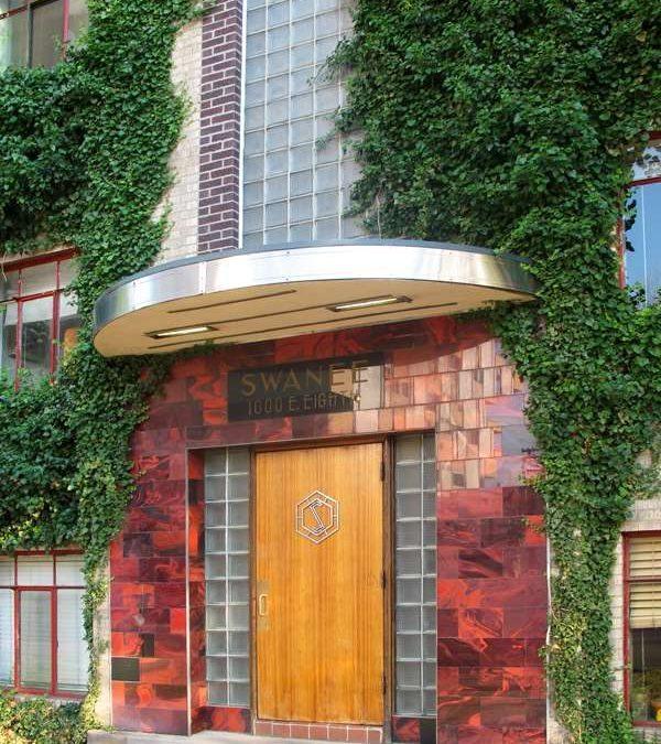 Swanee Art Deco Entranceway